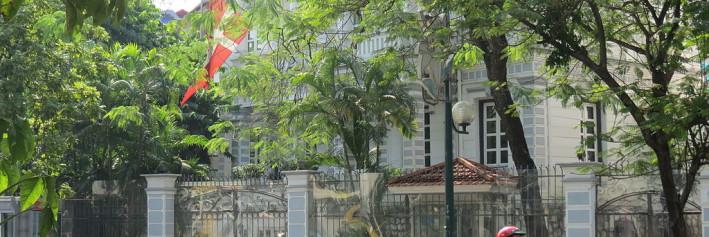 """Danish Embassy (2)"" by Saftgurka - Own work. Wikimedia."