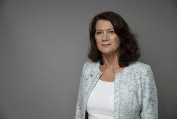 Utrikesminister Ann Linde deltar på Svenskar i Världens Livefika